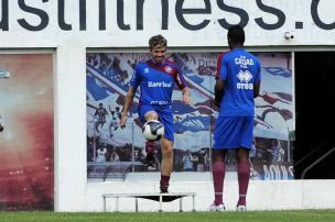 Atacante Júlio César mantém boas atuações que o trouxeram ao Caxias Marcelo Casagrande/Agencia RBS