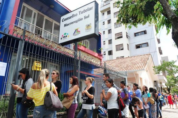 Famílias procuram o Conselho Tutelar por vagas nas escolas públicas de Caxias do Sul Roni Rigon/Agencia RBS