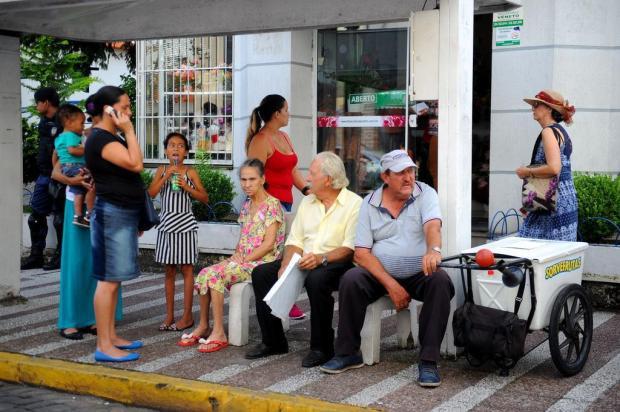 Calor de 30ºC faz população de Caxias do Sul procurar refúgio Diogo Sallaberry/Agencia RBS
