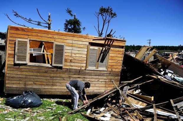 Três meses após tornado, São Francisco de Paula ainda precisa reconstruir casas e prédios públicos Bruno Alencastro/Agencia RBS
