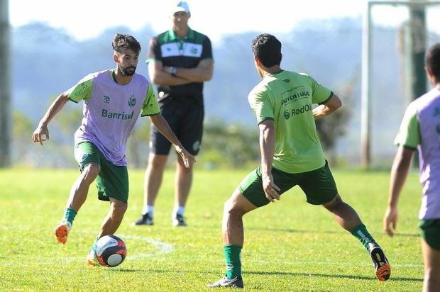 À espera de chance no Juventude após lesão, Wallacer quer continuar invicto em Ca-Ju Felipe Nyland/Agencia RBS