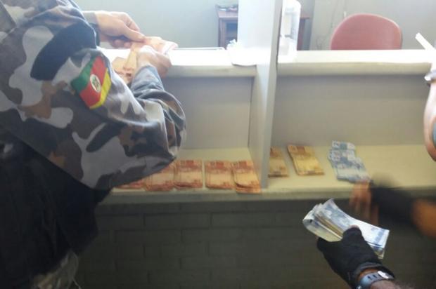 Brigada Militar de Caxias do Sul recupera R$ 5,6 mil que podem ser de roubos a banco Leonardo Lopes / Agência RBS/Agência RBS