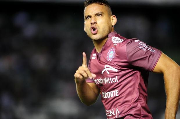 Com gol de Gilmar, Caxias vence o clássico contra o Juventude por 1 a 0 no Estádio Alfredo Jaconi Diogo Sallaberry/Agencia RBS