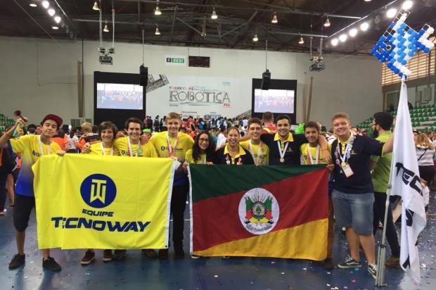 Estudantes de Caxias do Sul vão representar o Brasil em campeonato de robótica na Austrália Arquivo pessoal / Divulgação/Divulgação