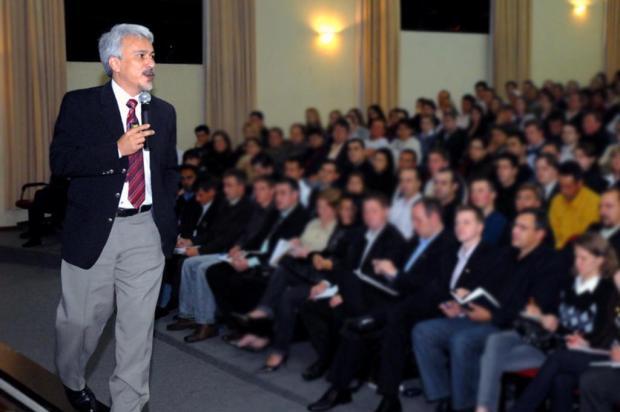 """""""O maior desafio do ser humano é a sua baixa autoestima"""", afirma Eduardo Shinyashiki Pedro Boschini/divulgação"""