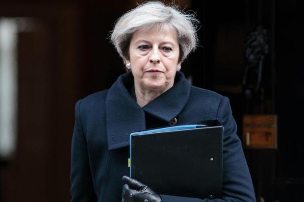 Primeira-ministra britânica enfrenta voto de desconfiança de seu próprio partido JACK TAYLOR/POOL AFP