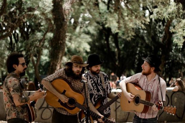 Banda de bluegrass Cartas na Rua faz show em Caxias do Sul nesta sexta Bru Zanatta/Divulgação