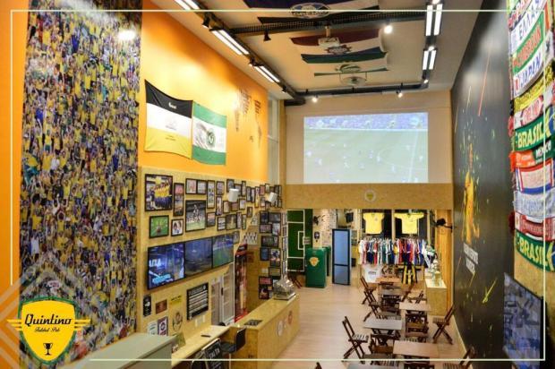Caxias ganha pub do futebol que homenageiaZico Amanda Pietra Faccio/divulgação