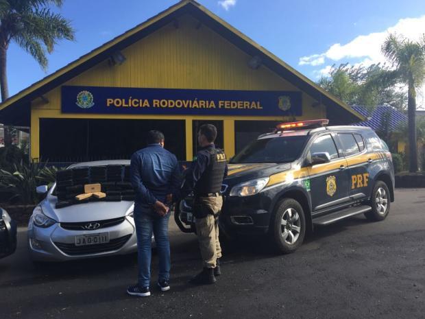 Homem é preso com 80 quilos de pasta base de cocaína em Veranópolis Polícia Rodoviária Federal / Divulgação/Divulgação