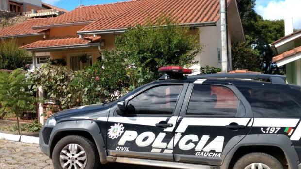 Jovem mata idoso a facadas em Ipê e é preso Polícia Civil de Vacaria / Divulgação/Divulgação