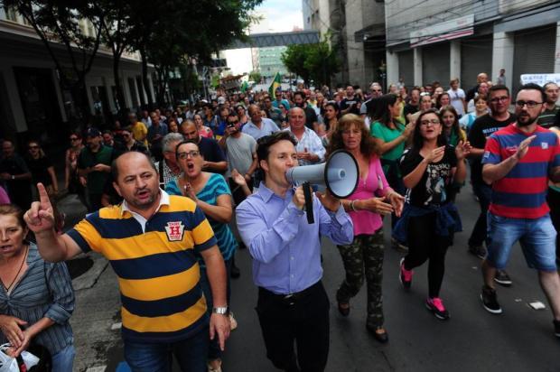 Prefeito de Caxias, Daniel Guerra testa a popularidade Roni Rigon/Agencia RBS