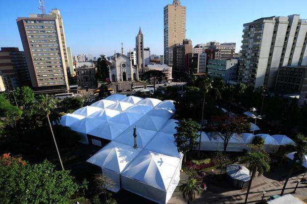 Feira do Livro de Caxias volta para a Praça Dante Alighieri em 2017 Porthus Junior/Agencia RBS