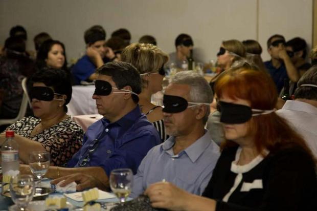 Inav, de Caxias do Sul, promove Jantar às Cegas neste sábado Foto Terceiro Milênio/Divulgação