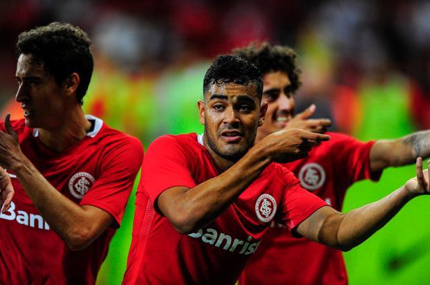 """Zé Victor Castiel: """"o goleador do Gauchão faz a diferença"""" Félix Zucco / Agência RBS/Agência RBS"""