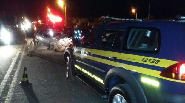 Homem morre em colisão frontal entre caminhão e carro na BR-285, em Vacaria PRF / divulgação/divulgação