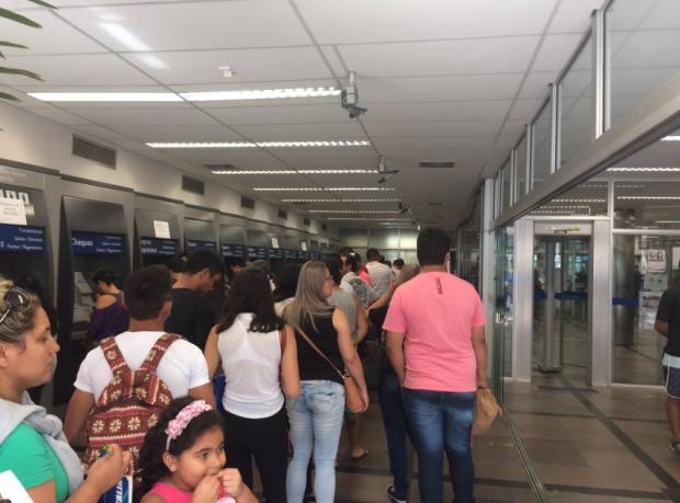 Agências da Caixa já fizeram 12 mil atendimentos na Serra Babiana Mugnol/Agência RBS