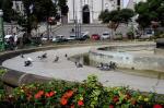 Cartão-postal, Praça Dante carece de reparos