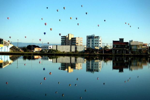 Memória: festival de Balonismo no turismo de Torres Gelson Aimi/Agencia RBS