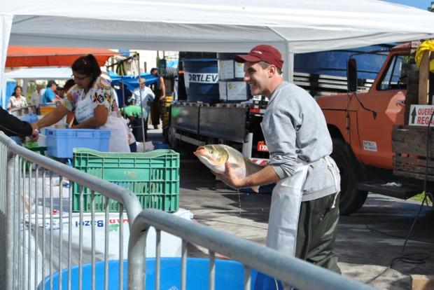 Feira do Peixe Vivo de Caxias do Sul comercializa 36 toneladas de peixe Angela Nadin / Divulgação/Divulgação