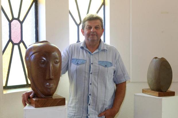 Escultor Mauri Menegotto inaugura exposição Sentimentos Basalticos nesta terça, em Farroupilha Adroir da Silva/Divulgação