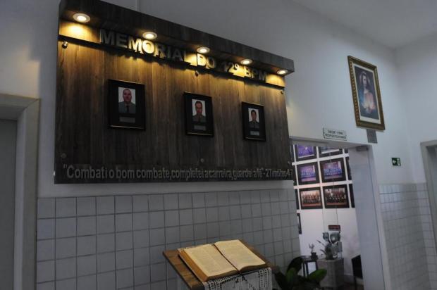 BM inaugura memorial para homenagear brigadianos assassinados em Caxias Roni Rigon/Agencia RBS