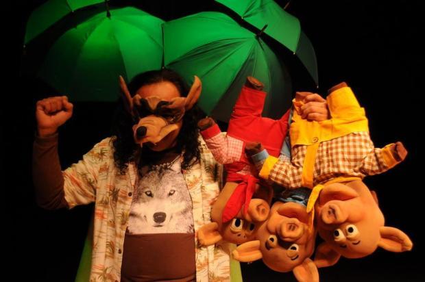 """Agenda: Peça """"Os Três Porquinhos ou Confissões de um Menino Levado"""" terá apresentações em Caxias Teatro da Juventude do Rio de Janeiro/Divulgação"""