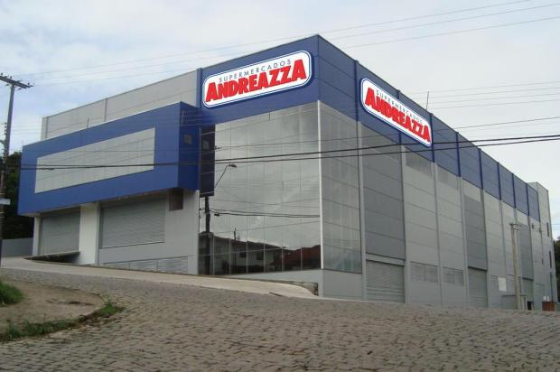 Andreazza inaugura 26ª loja e gera 120 novos empregos em Caxias Felipe Andreola/divulgação