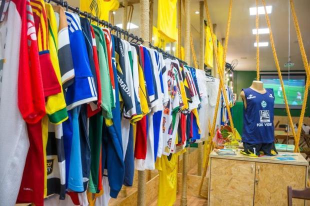 Bar temático de Caxias abre loja para a venda de camisas de clubes de futebol Nei Corrêa¿/divulgação