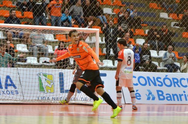 Em jogão com nove gols, ACBF bate o Joinville em casa e conquista primeira vitória na Liga Futsal Ulisses Castro / ACBF, Divulgação/ACBF, Divulgação