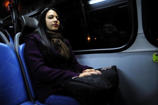 """""""Como que não vou andar com ônibus do meu bairro?"""", questiona passageira em Caxias do Sul Marcelo Casagrande/Agencia RBS"""