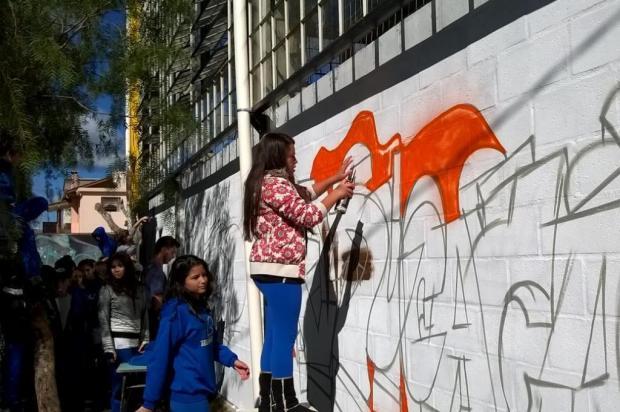 Projeto leva grafite para dentro da escola em Caxias do Sul acervo da escola/Divulgação