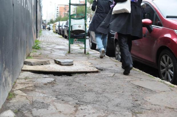 Aprovado projeto que amplia punição para quem não mantiver trafegabilidade de calçadas em Caxias Felipe Nyland/Agencia RBS