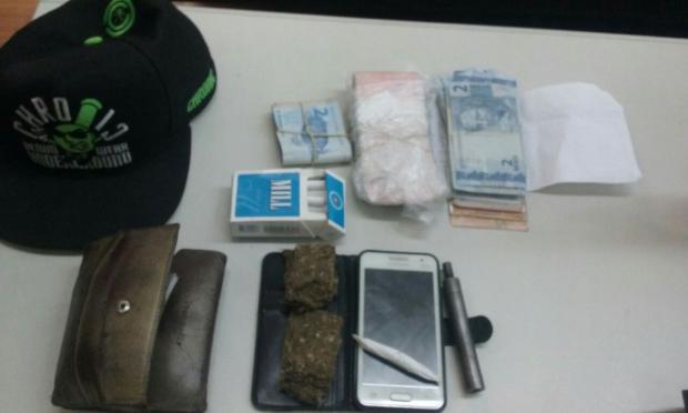 Homem é preso por tráfico de drogas em bar de Caxias do Sul Polícia Civil / divulgação/divulgação