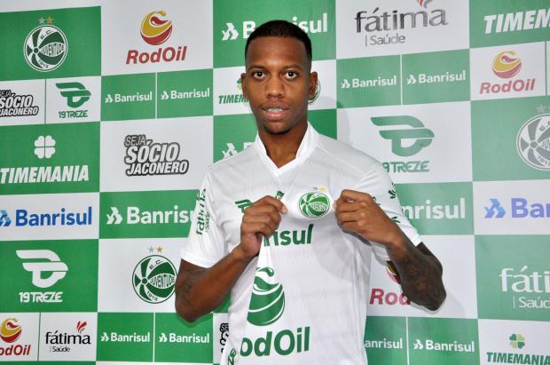Juventude apresenta zagueiro Domingues e confirma chegada de mais cinco reforços Arthur Dallegrave / Divulgação/Divulgação