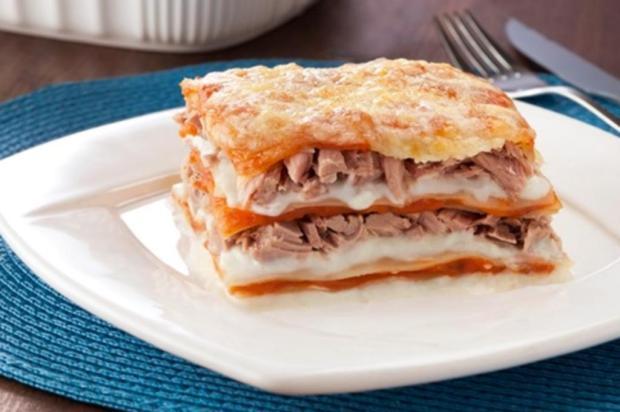 Faça lasanha de atum com queijo Coqueiro/Divulgação