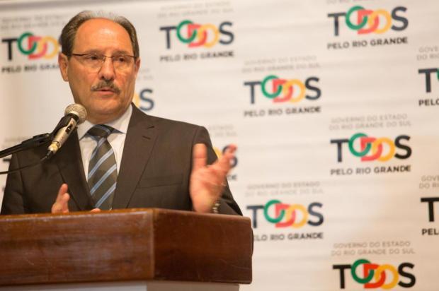 Cpers protocola pedido de impeachment do governador Sartori Karine Viana/Divulgação