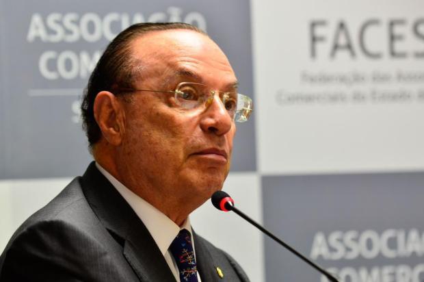 Mesa Diretora da Câmara declara perda do mandato de Paulo Maluf Rovena Rosa/Agência Brasil