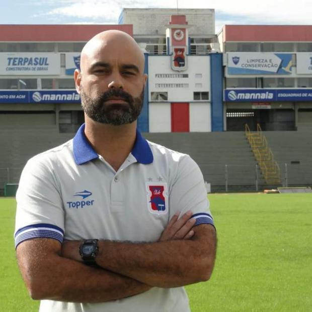 Técnico do Paraná terá time alternativo contra o Juventude Paraná Clube / Divulgação/Divulgação
