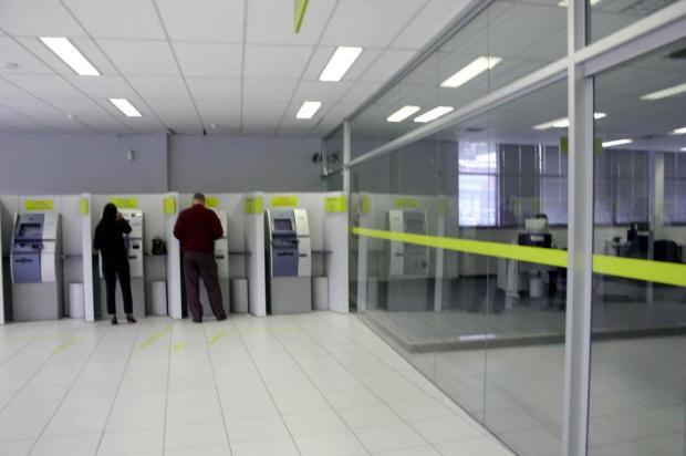 Bancos têm horário reduzido nesta quarta-feira, dia de jogo do Brasil contra a Sérvia Ver Descrição/Agencia RBS