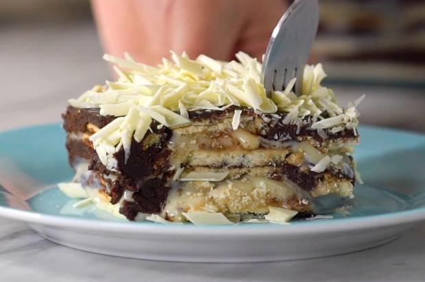 Faça torta de bolacha de leite ninho e chocolate TasteMade/Divulgação