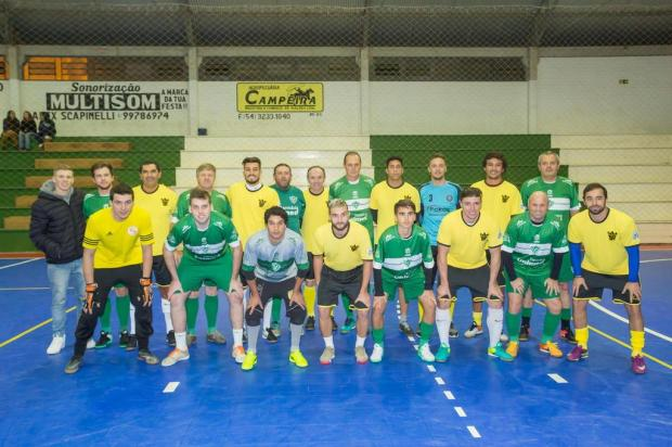 Em jogo festivo de futsal, time de Alex Telles vence o Pradense em Ipê Thomas D'Avila/Studio D'Avila,divulgação
