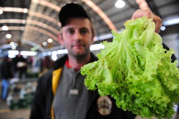 Excesso de chuva faz preço das hortaliças disparar em Caxias Roni Rigon/Agencia RBS