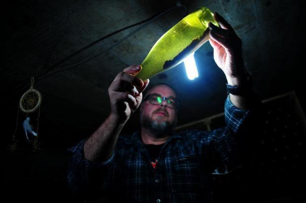 Produtor de Garibaldi faz vinhos e espumantes na garagem de casa Marcelo Casagrande/Agencia RBS