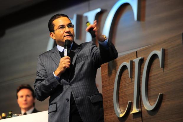 """Ministro da Indústria palestra em Caxias e diz que Brasil """"está de volta na rota do crescimento"""" Porthus Junior/Agencia RBS"""