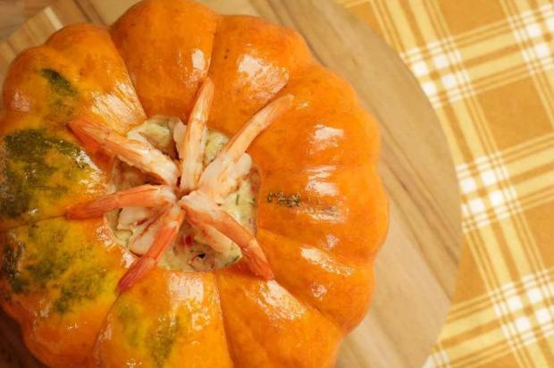 Faça camarão na moranga com creme de leite Nestlé/Divulgação