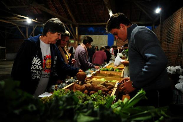 Estudantes da Efaserra organizam feira para vender produção familiar Marcelo Casagrande/Agencia RBS