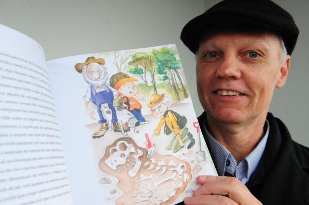 Livro infantil sobre dinos brasileiros será lançado sábado, em Caxias Roni Rigon/Agencia RBS
