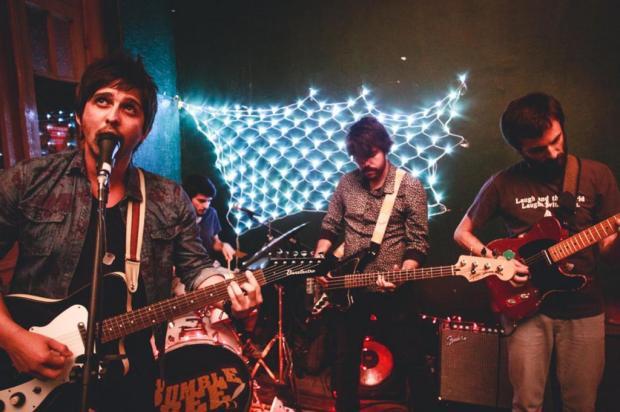 3por4: Mindgarden inicia turnê com a banda News at the Newspaper Fabio Alt/Divulgação