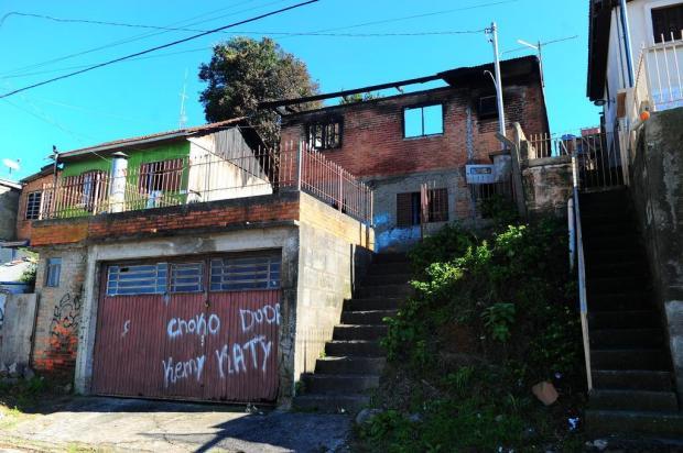 Quatro pessoas são carbonizadas em chacina em Caxias do Sul Porthus Junior/Agencia RBS