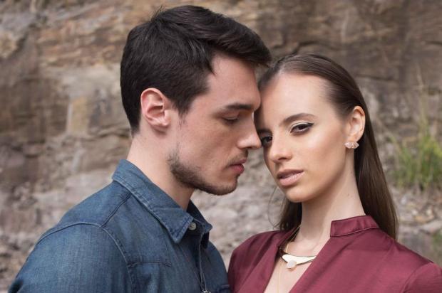 3por4: Designer Fabiane Montemezzo lança coleção de semi-jóias em Caxias Tuany Areze/Divulgação